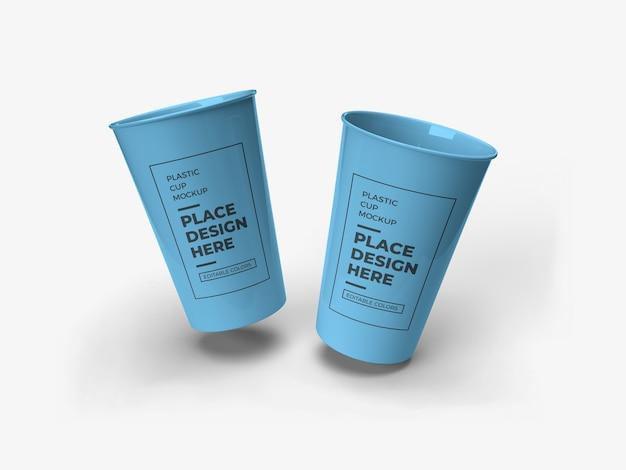 Design de maquete de embalagem de copo plástico