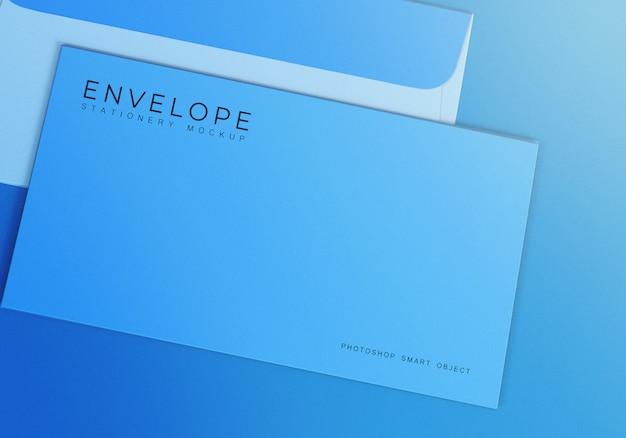 Design de maquete de envelopes com fundo azul claro