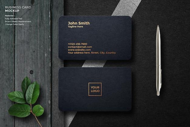 Design de maquete de logotipo de luxo em renderização 3d em cartão de visita preto