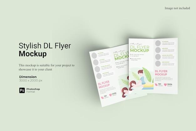 Design de maquete elegante bifold dl flyer isolado