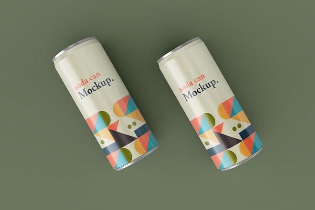 Design de maquetes de lata de refrigerante metálico fino realista