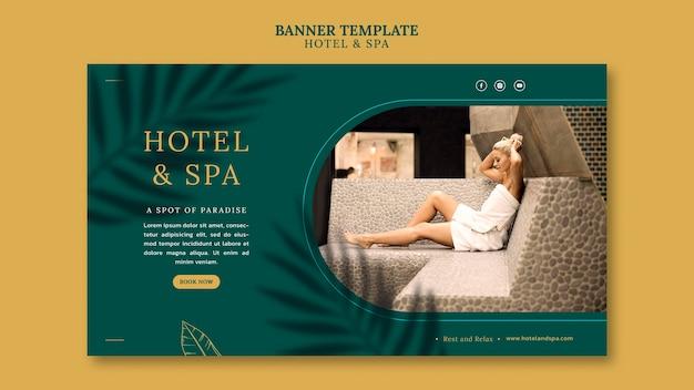 Design de modelo de banner para aluguel por temporada de luxo
