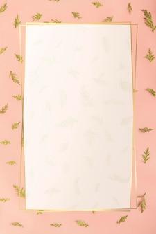 Design de moldura de folha de retângulo dourado