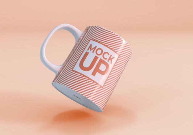 Design realista de caneca de café de maquete