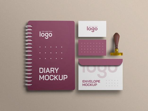 Diário elegante com maquete de conjunto de papelaria de cartão de visita