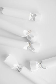 Doces de papel, maquete minimalista e limpa