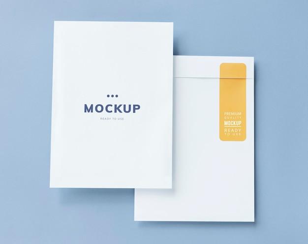 Documento comercial e maquete de envelope