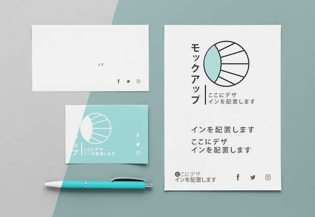 Documentos e envelopes mock-up asiático