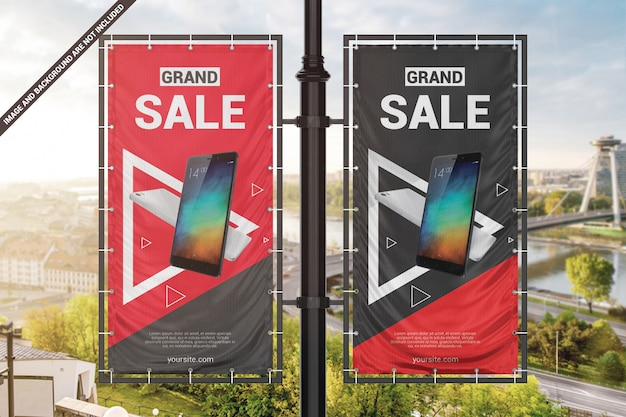 Dois banners publicitários de vinil na maquete do pilar