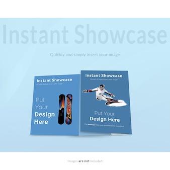 Dois flyers azuis se maqueteiam