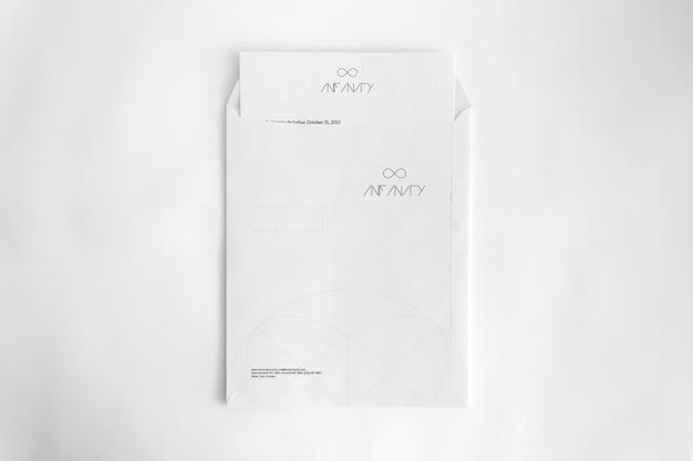 Envelope a4 com documento
