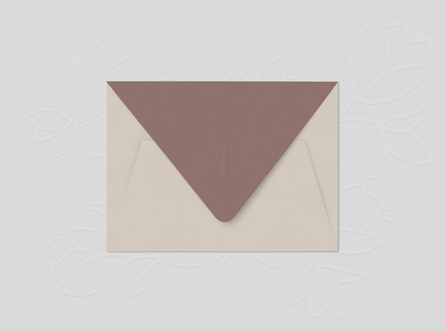 Envelope bege