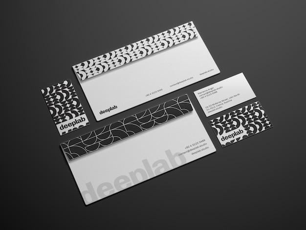 Envelope com cartão de visita