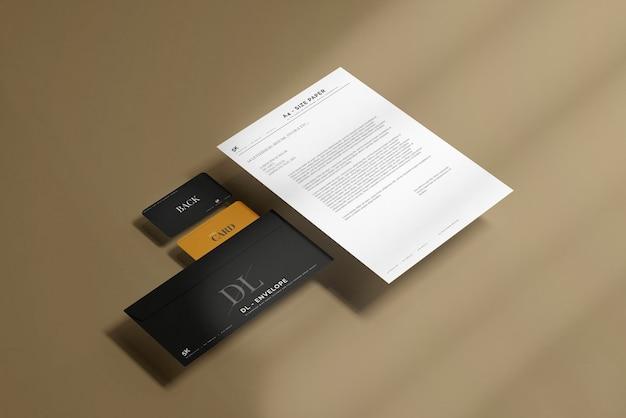 Envelope com modelo de papel timbrado