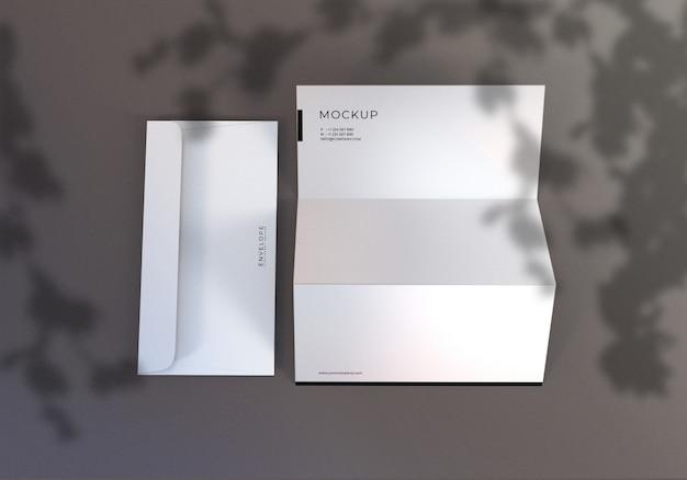Envelope minimalista e papel timbrado conjunto maquete