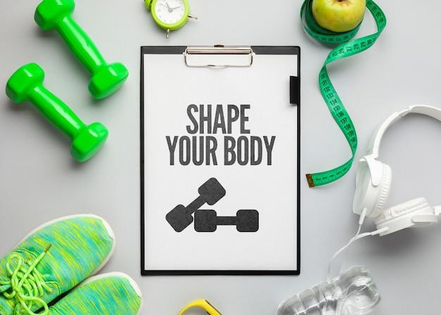 Equipamento e ferramentas de fitness de mock-up