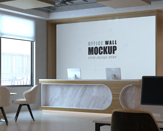 Espaço aberto com recepção e maquete de parede do local de trabalho