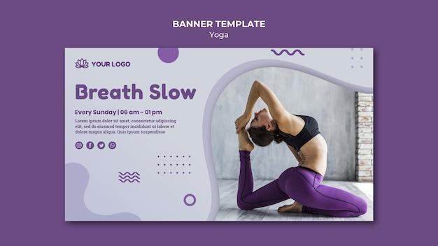 Estilo de modelo de banner de conceito de ioga