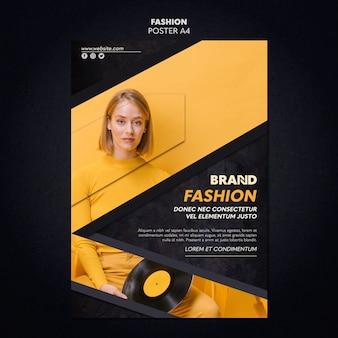 Estilo de modelo de cartaz de moda