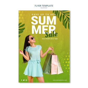 Estilo de modelo de panfleto de venda verão