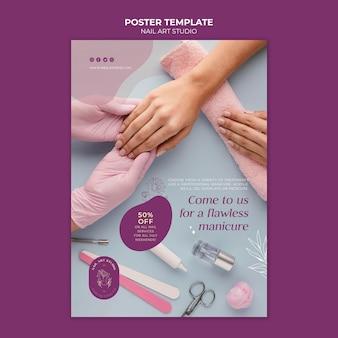 Estúdio de nail art com modelo de pôster de desconto