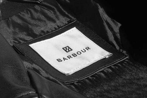 Etiqueta de jaqueta de couro preta de maquete de logotipo