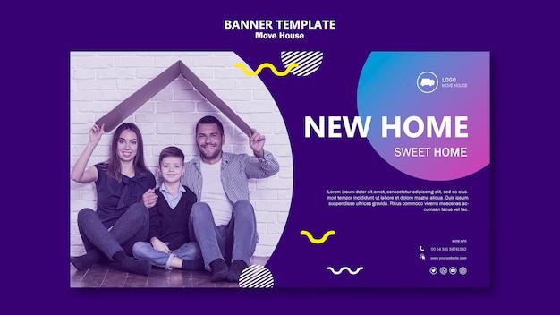 Família movendo-se em um novo modelo de banner em casa