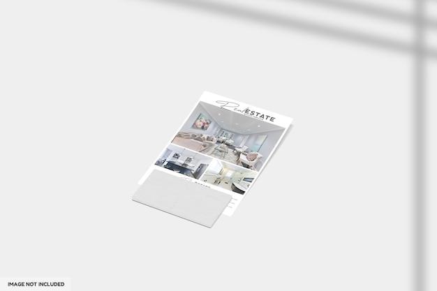 Feche no folheto ou brochura para maquete de imóveis