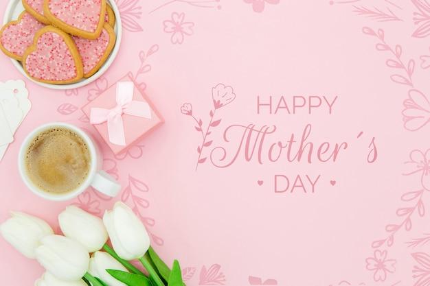 Feliz dia das mães com xícara de café e biscoitos
