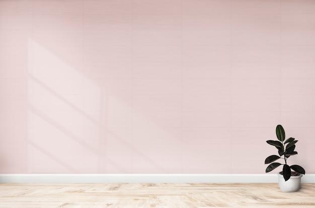 Figo de borracha em um quarto rosa