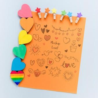Folha de papel com coleção de coração