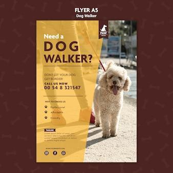 Folheto de passeador de cães