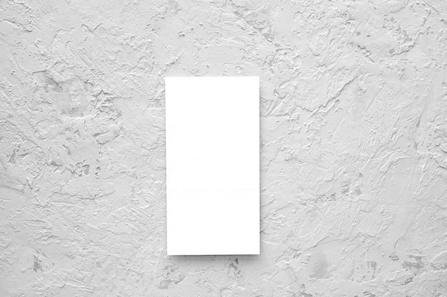 Folheto em branco. cartão vazio