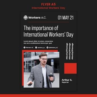Folheto vertical para a celebração do dia do trabalhador internacional