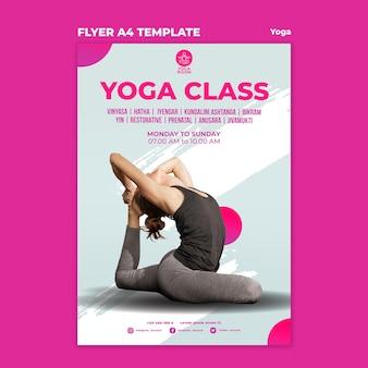 Folheto vertical para aula de ioga com mulher