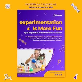 Folheto vertical para escola de ciências para crianças