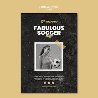 Folheto vertical para jogador de futebol feminino