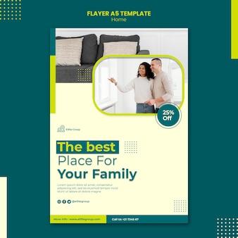 Folheto vertical para nova casa de família