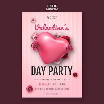 Folheto vertical para o dia dos namorados com coração e rosas vermelhas