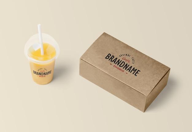 Food box com juice mockup rendering isolado