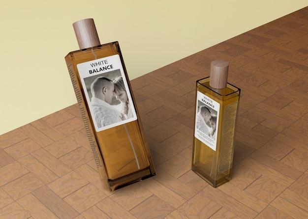 Forma diferente de frascos com perfume