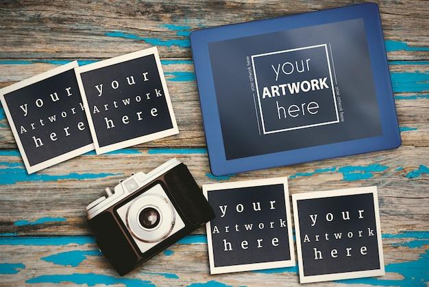 Fotos instantâneas mockup na mesa