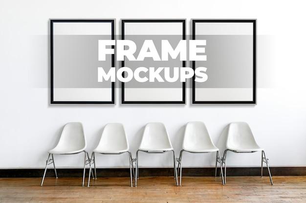 Frame mockups psd em uma linha em uma parede