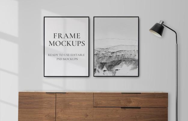 Frame mockups psd em uma sala de estar com decoração escandinava