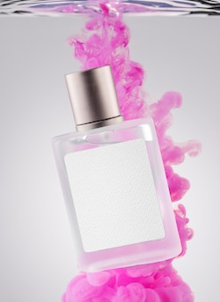 Frasco de perfume e fumaça rosa