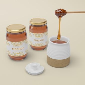 Frascos com maquete natural de mel