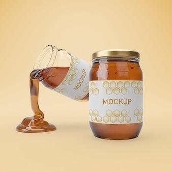 Frascos com mel delicioso