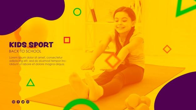 Garota fazendo exercícios de alongamento