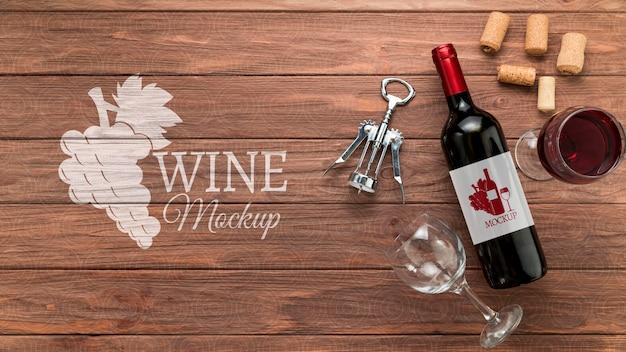 Garrafa de vinho com vista frontal e espaço de cópia