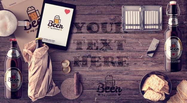 Garrafas de cerveja ultra-realistas e maquete para tablets